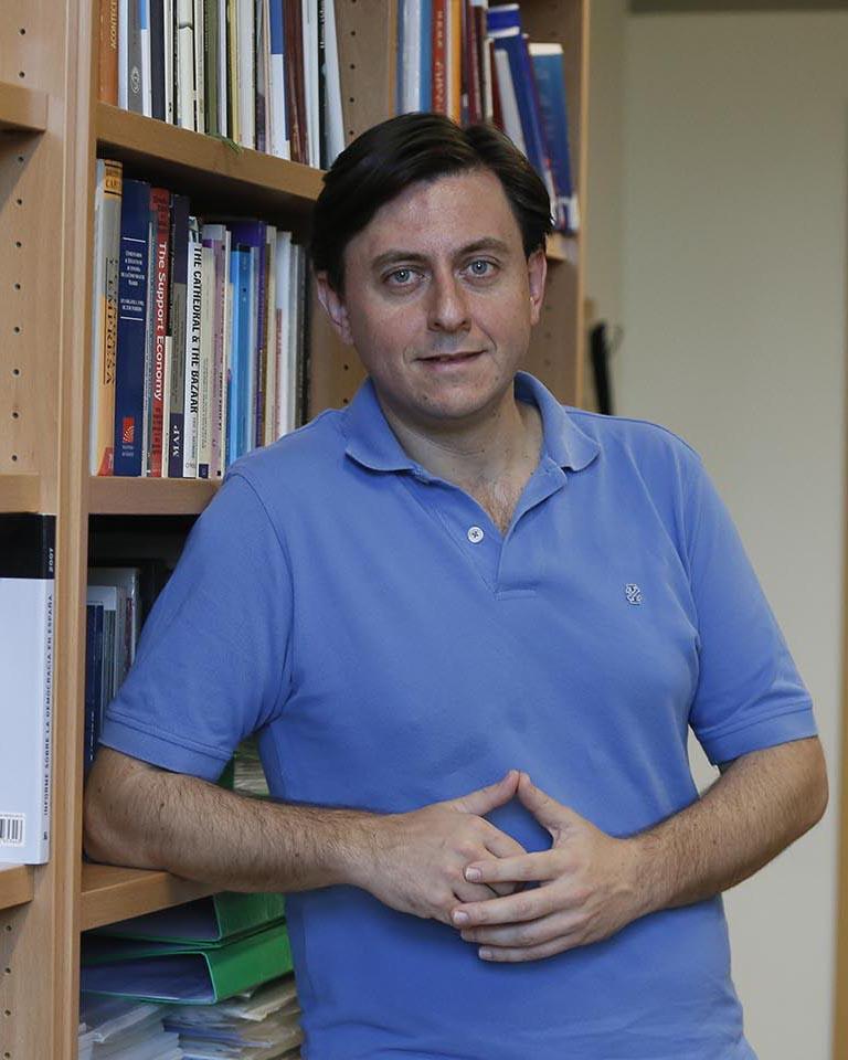 Juan Ignacio Criado (Ayuda C. Sociales) 02 copia