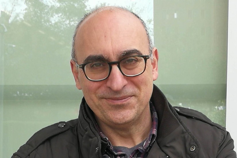 Asesoramiento literario del catedrático de la Universidad Pompeu Fabra Domingo Ródenas de Moya. Los Santos Inocentes.