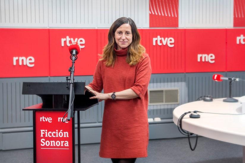 Mayca Aguilera. Radio Nacional estrena la ficción sonora 'Los santos inocentes', de Miguel Delibes, en colaboración con la Fundación BBVA
